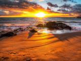 夕陽下的海灘