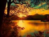 金秋夕阳湖